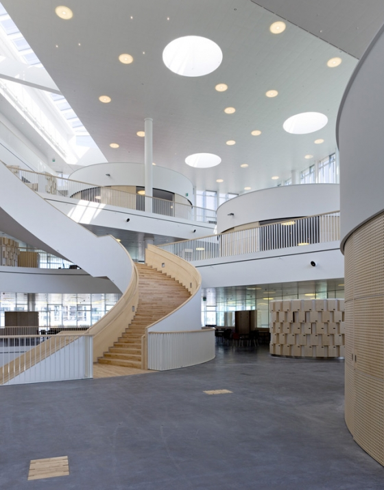Located In Copenhagen Denmark This High School Focused On Openness And Flexibility To Foster A Learning Environment Features Winding Stair